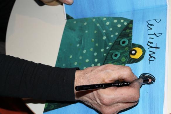 L'autografo di Gek Tessaro sul libro illustrato di Pietro