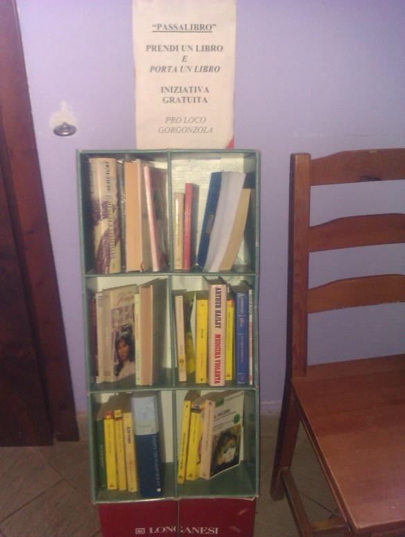 Libri letti ad alta voce in libreria dai genitori volontari